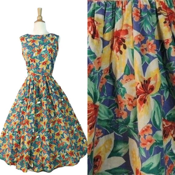 Vintage 80s Dress / 50s Style Hawaiian Floral Lily