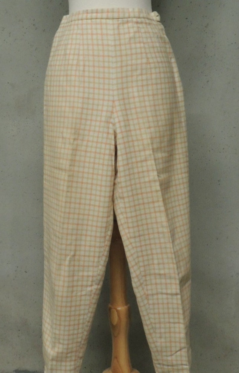 Vintage 50s Pants  Rockabilly Melon Tan Grid Plaid Soft Cotton Blend High Waist Clam Diggers Pedal Pushers Capris