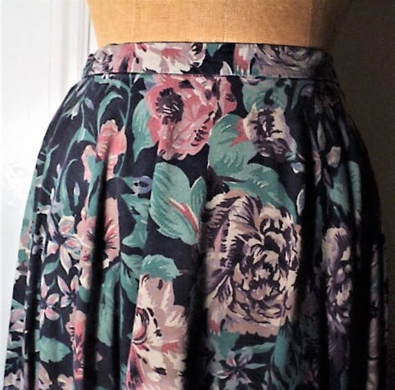 SKIRT, FLORAL, FULL CIRCLe, Swing Skirt, Bias Cut,