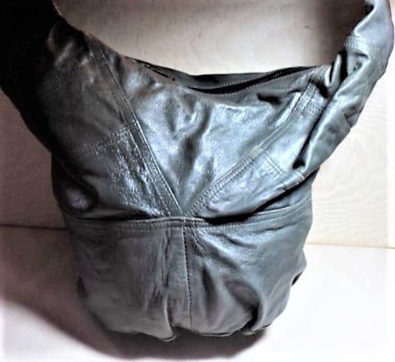 HOBO, LEATHER HOBO, GRaYISH/GReeN Leather, Shoulde