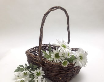 "vintage basket with tight vine weave; flower garden basket, patio porch decor, 9.5"" x 7"" wide, 4"" deep, 11"" tall, yesteryears cottage chic"