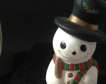 whimsical Snowman Christmas shelf sitter, kitsch fireplace office holiday children's room; yesteryears Snowmen Yozie Christmas figurine