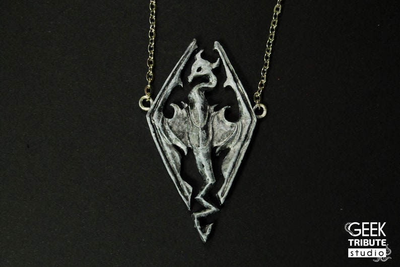 Skyrim dragon necklace, Skyrim pendant, Skyrim necklace, Dragonborn, The  elder scrolls, videogame jewelry, Skyrim jewelry, polymer clay