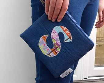 Letter 'S' wristlet pouch - Princess and the Pea