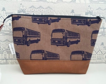 Retro Buses Man's Large Toiletry Bag