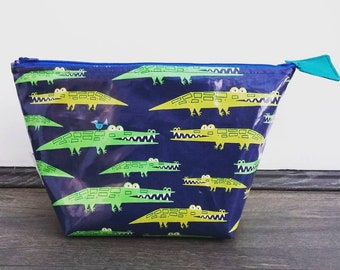 Crocodiles wipe clean wash bag