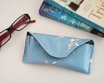 Love birds wipe clean glasses case