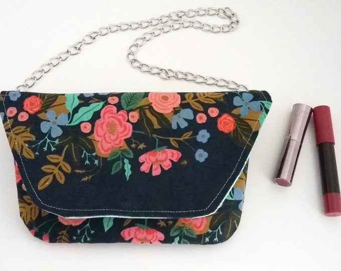 Featured listing image: SAMPLE Garden Vines clutch bag