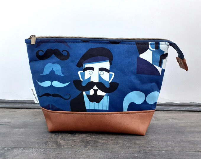 Featured listing image: Gentleman's Large Toiletry Bag