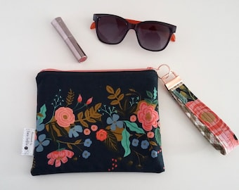 Garden Vines wristlet zip pouch and key fob gift set