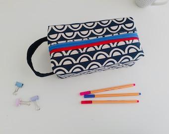 Monochrome Arches large double zipped kit bag