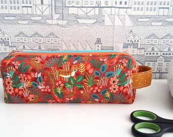 Tigers double zipped boxy pencil case