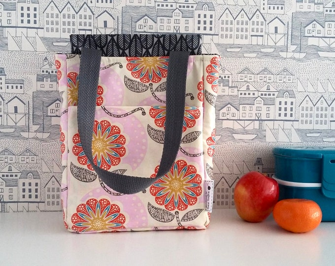 MADE TO ORDER - Field Study wipe clean insulated lunch tote