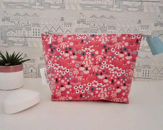 Featured listing image: Wildflowers organic wipe clean wash bag