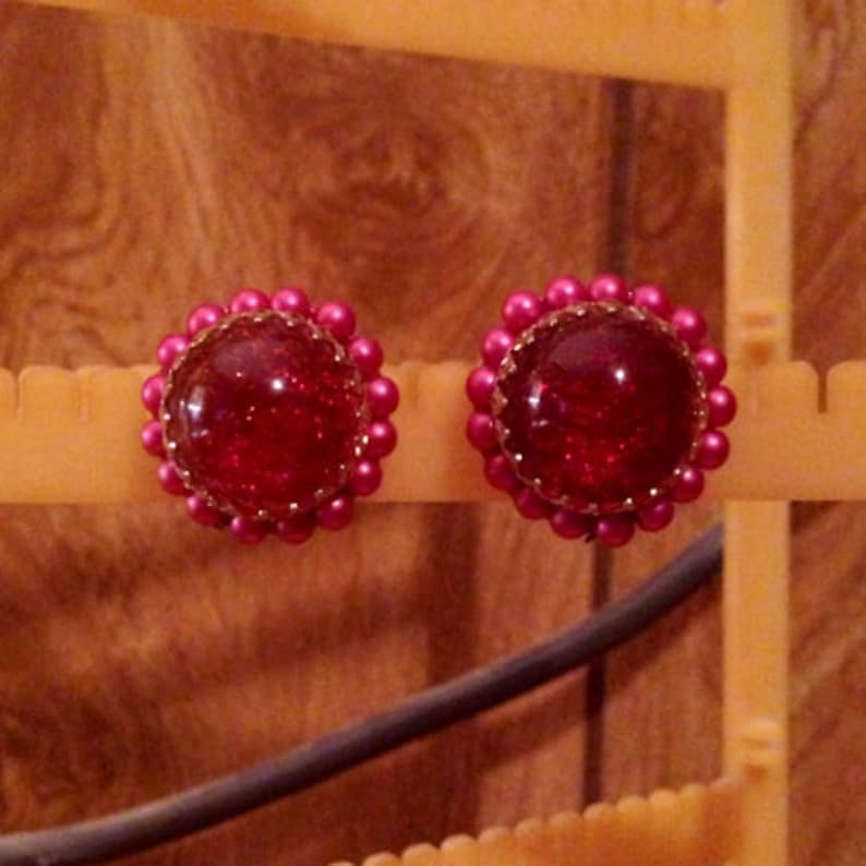 #2 x Red and Pink Glitter Round Screw Back Earrings