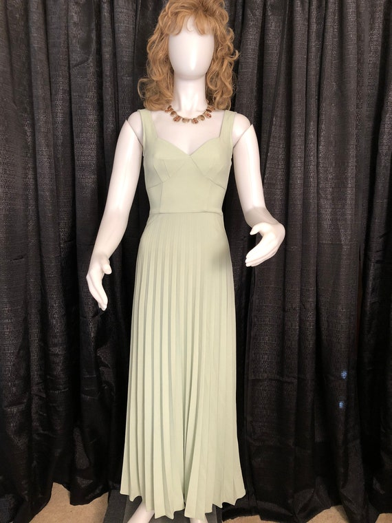 1950's Style Pale Green Dress