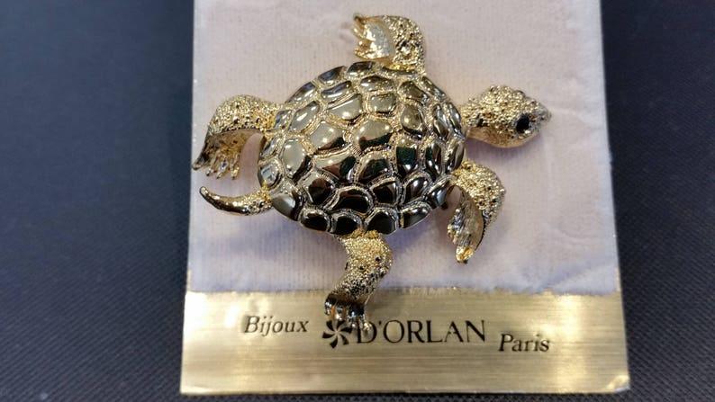 Designer Triple 22kt gold plated with Jeyt Eye New Vintage Carded D/'Orlan Signed Turtle Brooch