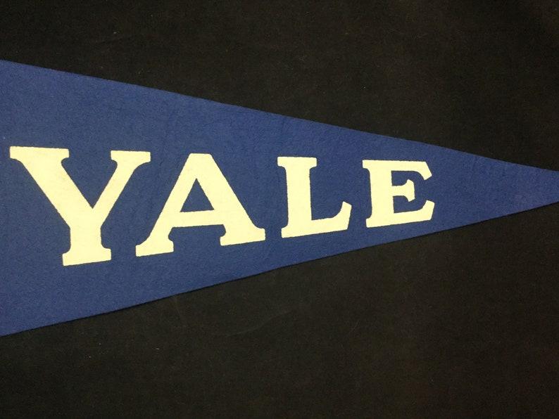 e80a7a50070 Vintage 1960s Yale University Ivy League College Felt Pennant