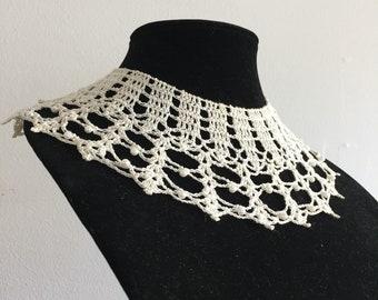 Vintage Peter Pan Crochet Beaded Collar Necklace