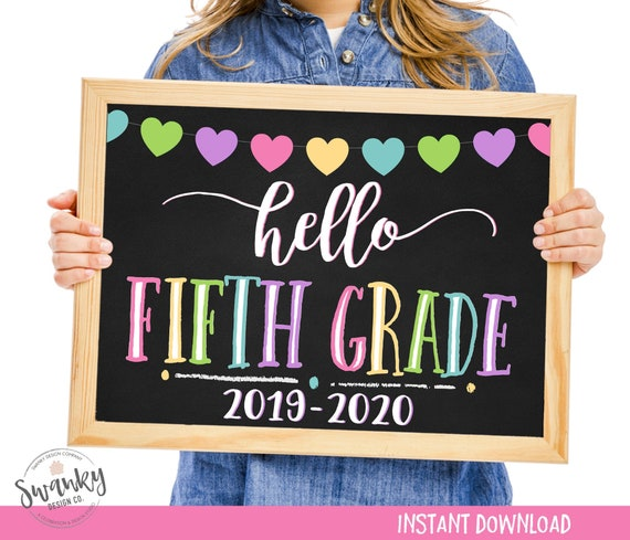 image regarding First Day of 5th Grade Printable referred to as Hello there 5th Quality Signal, Initial Working day of 5th Quality, Printable