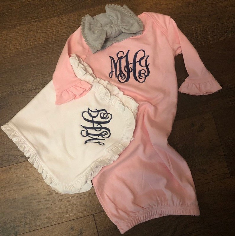 Baby Gown Coming Home Outfit Cloth Diaper Baby Outfit Monogrammed Gown /& Burp Cloth Set Infant Gown