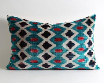 16x24 Green bohemian lumbar silk velvet ikat pillow cover // handwoven geometric green pillows // designer ikat pillow