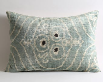 decorative pillow, ikat pillow, velvet pillow, throw pillow, ikat, velvet, pillow cover, velvet ikat pillow, pillow, accent pillow