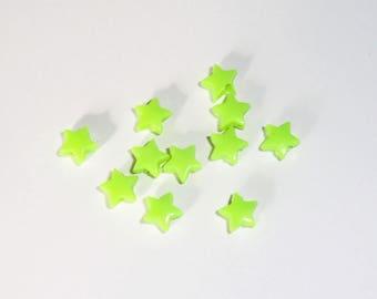 20 x beads 5mm Green star