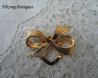Bow scarf ring