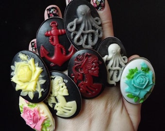 Large rings cameos resin - animals