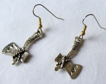 "Short dangle earrings. ""Tomahawk"""