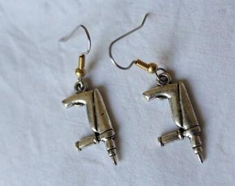 """Short dangle earrings. """"Drill"""" bricol Girl"""