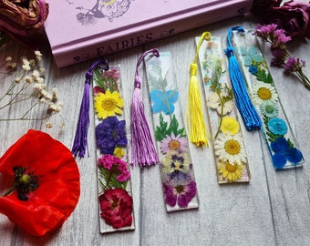 Resin Dried Flower Bookmark - Reader Birthday Gift - Botanical Floral Daisy - Fairy Wings - Dandelions Flora - Bookworm Nature Accessories
