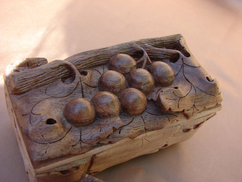 Wedding Gift Armenian Handmade S and M size Wooden Jewelry Box Grapes Hand Carved Jewelry Chest Storage Ring Box Gift For Her Keepsake Box