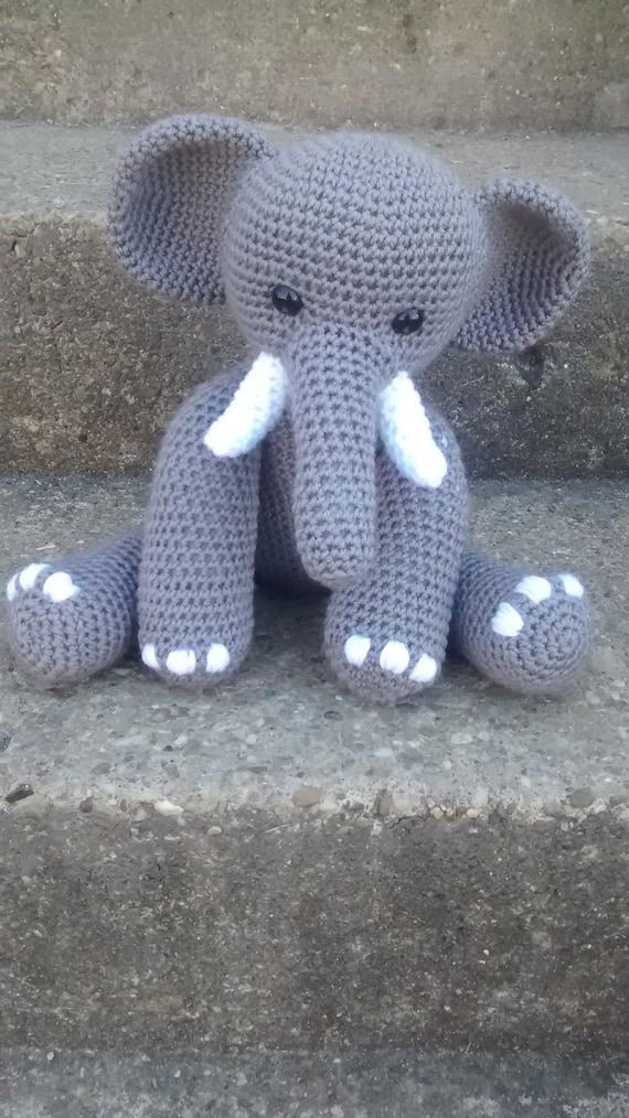 Ravelry: Ami Elephant pattern by Natalie Taylor   1014x570