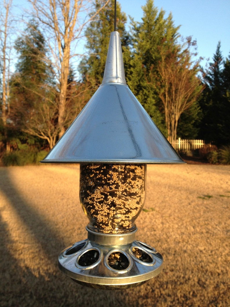 The Greenville Craftworks Barnyard Bird Feeder  FREE SHIPPING image 0