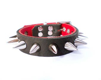 """3/4"""" Soft Black Leather w/Peek-a-Boo Red Inlay, Thick Leather Spiked Dog Collar with small cone spikes"""