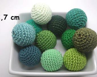 11 pearls (2.7 cm) Green crochet cotton