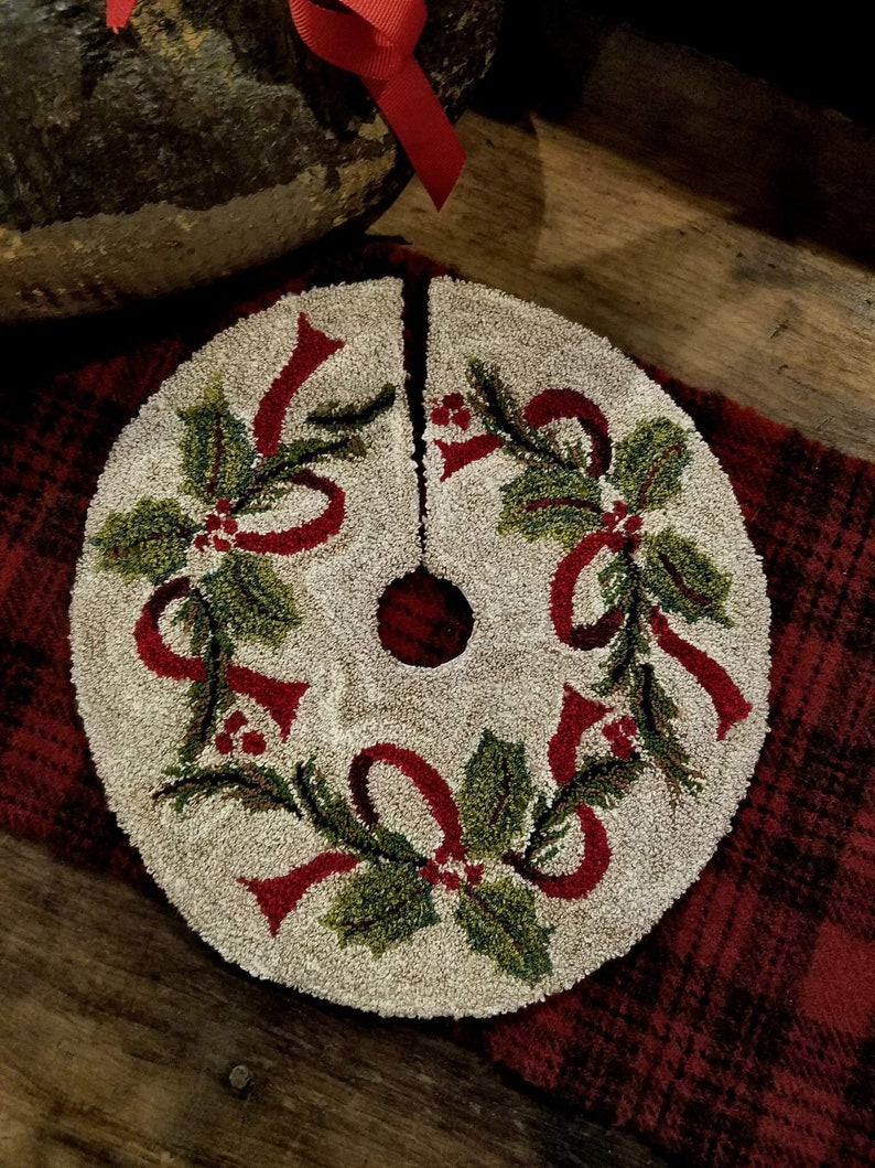 Ribbons and Holly Punch Needle Kit
