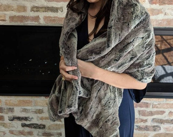 Faux Mountain Wolf Fur Stole, Shawl, Wrap in Brown and Beige for Wedding, Bride, Bridesmaid, Mother of the Bride, Formal, Date Night, Prom
