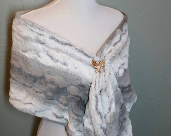 Grey and White Faux Chinchilla Fur Infinity Wrap or Stole for Wedding, Bridesmaids, Formal, Quinceanera, Vegan Fur
