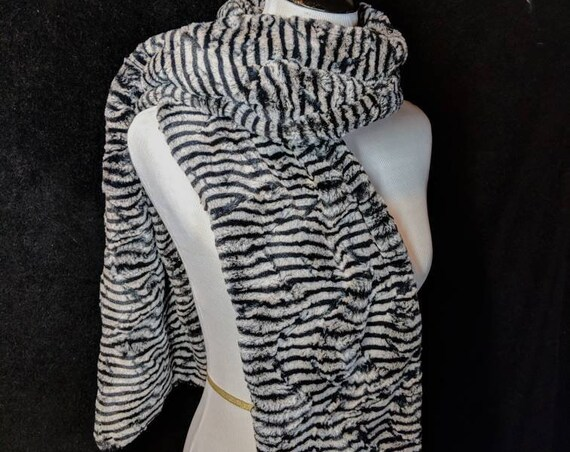 Black and White Faux Fur Scarf or Stole for Wedding, Date Night, Formal, Prom, Bridesmaid, Mother of the Bride