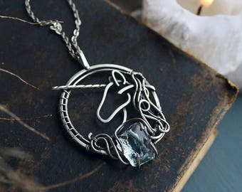 Unicorn silver pendant with raw crystal - Sterling silver jewelry - wire wrapped necklace - gift for women  - ooak jewelry