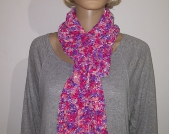 Knitted narrow scarf in Pink Pink violet