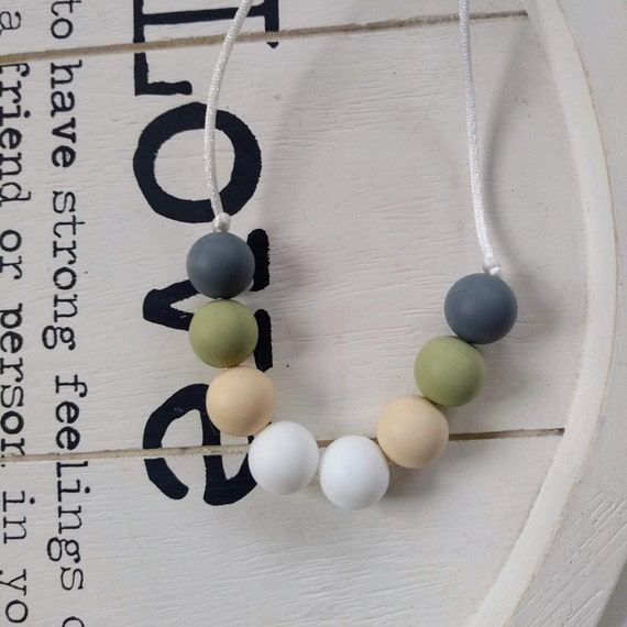 Nursing Teething Necklace - Silicone Beads - Teether Chewing Beads- Silicone Necklace - babywearing