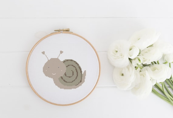 Brown Snail Garden Animal Pet Portrait Pattern - Cross Stitch Pattern - Modern Cross Stitch - Childrens Decor Nursery - Instant Download