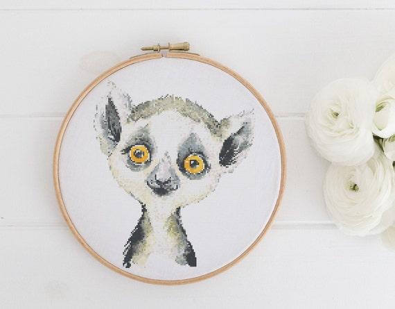 Watercolor Lemur Chart - Animal Cross Stitch Pattern - Modern Cross Stitch - Childrens Decor Nursery - Instant Download -