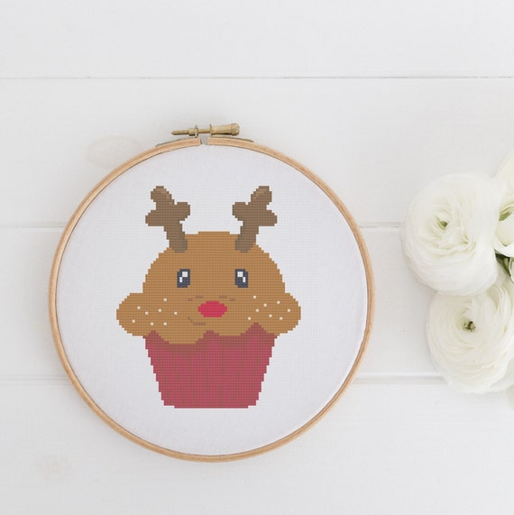 Reindeer Cupcake Christmas - Chart Cross Stitch Pattern - Modern Cross Stitch - Childrens Decor Nursery - Instant Download -