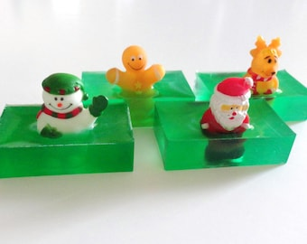 12 Christmas Soaps, Santa Reindeer Gingerbread Man & Snowman Finger Puppet, Party Favor, Fun Kid Soap, Holiday Soap, Stocking Stuffer