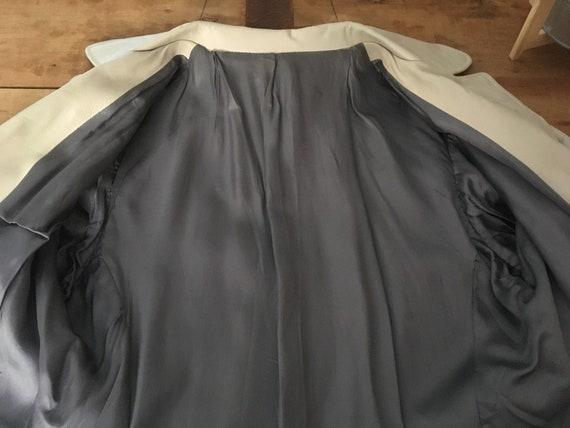 Coat trench leather beige seventies - image 8